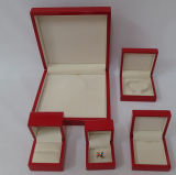 Caixa de jóia de madeira da laca lustrosa