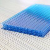 Feuille UV de polycarbonate de mur de la couche quatre