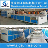 Máquina confiable de la protuberancia de la tarjeta del panel de pared del PVC del plástico