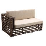 最上質の総合的な藤の屋外の庭の家具のCornorのソファーはセットした(YT611)