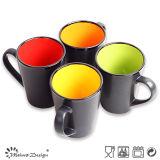 Taza de café del gres de dos tonos