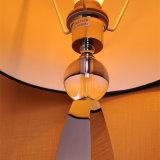 Lámpara de vector de seda roja decorativa de cabecera de la cortina del hotel antiguo