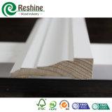 Bâti en bois amorcé blanc de plafond de couronne de bâtis
