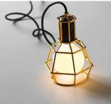 Cabo de lâmpada pendente vintage com lâmpada de máscara interior