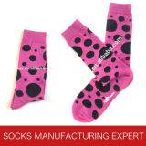 Socke der Männer mit glücklicher Socken-Art