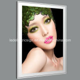Frame a schiocco con Picture Light per Ultra Thin Light Box