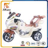 Passeio plástico dos brinquedos elétricos dos miúdos na venda por atacado da motocicleta das crianças