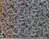 O fio tingiu o laço impresso da tela de algodão