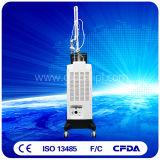 Machine fractionnaire de beauté de déplacement de cicatrice de laser de CO2 avec le système vaginal Us800