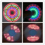 싱숭생숭함 방적공 LED 저속한 패턴 손 방적공 제조자