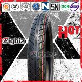 Pneu/pneu sans chambre colorés jaunis de la moto 80/90-14