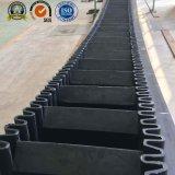 サイドウォールによってクリートで補強されるコンベヤーベルト、急なサイドウォールによってクリートで補強されるコンベヤーベルト