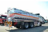 새로운 Sinotruk HOWO 6X4 석유 탱크 트럭 20000L