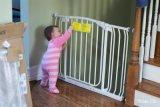 Puerta de cierre plegable En Material de Certificatemetal Puerta de seguridad para bebés