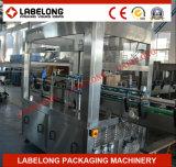Hohe Kapazitäts-Rollenfed-heiße Schmelzetikettiermaschine für Mineralwasser-Zeile