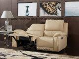 Grand sofa de Recliner de cuir d'accoudoir de couleur de dos gris-clair haut