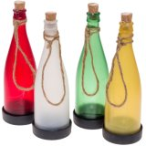 Света сада цветастого пластичного шнура бутылки вина солнечные