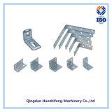 Estampagem de chapa metálica para dobradiças e parafusos de porta
