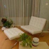 Barcelona-Wohnzimmer-Aufenthaltsraum-Barcelona-Stuhl mit Osmanen