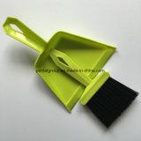 Пластичный комплект Dustpan & щетки для таблицы