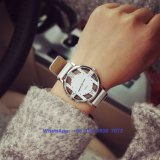 Special que diseña el reloj de las mujeres populares del cuarzo con la correa de cuero Fs578