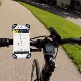 De Telefoon van de fiets zet Fiets op de Mobiele Houder van de Telefoon
