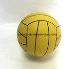 Bola del water polo de los deportes con la talla oficial 5