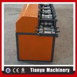 Stecca del portello dell'otturatore della laminazione che si forma facendo la riga della macchina