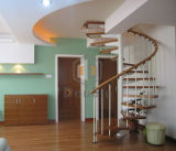 ステンレス鋼の手すりが付いている現代螺旋階段