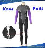 女性はスムーズな皮のネオプレンの平野のダイビングのウェットスーツを防水する
