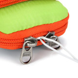 El teléfono móvil impermeable lleva el bolso corriente del brazo del bolso de la muñeca