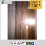Plancher large décoratif de vinyle de peau et de bâton de planche