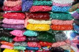 Más pompón elástico bien escogido del color para la decoración