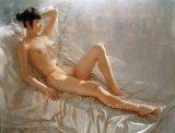 Pintura desnuda de la muchacha china hermosa descubierta