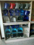 6 und 10 Brustwarze-Milch-Zufuhren
