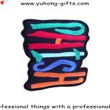 Kundenspezifische Zeichen-Stickerei-Änderung am Objektprogramm gestickte Zeichen für Kleider (YH-EB075)