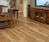 Mattonelle di pavimentazione di legno autoadesive del PVC di sguardo
