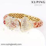 새로운 도착 물고기 디자인 24k 금 색깔에 있는 호화스러운 모조 다이아몬드 팔찌
