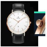 Horloges van het Leer van de manier de Populaire voor Mensen 72644