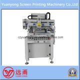 Una macchina da stampa semi automatica dello schermo del circuito del testo di colore