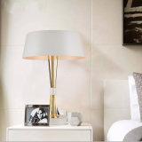 Iluminação decorativa moderna branca maravilhosa da lâmpada de tabela do quarto para o hotel