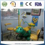 Le matériel dentaire du gosse dentaire de présidence d'enfants dentaires pédiatriques de présidence