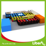 Slope Trampolineの普及した30 Foot Safe Small Rectangular Indoor Play Ground Trampoline