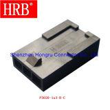 Micro-Caber o plugue que abriga o único conetor da fileira sem montagem do painel
