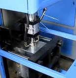 macchina semiautomatica dello stampaggio mediante soffiatura 6L per le bottiglie di olio dell'animale domestico