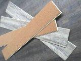 Planches de carrelages de vinyle de WPC avec l'assise en bois molle (insonorisés superbes)