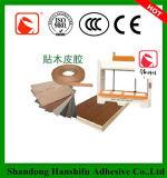 Pegamento blanco para la madera