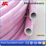 Tubo flessibile del prodotto chimico di colore verde