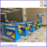 Máquina expulsando do fio automático novo do cabo distribuidor de corrente do projeto