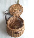 普及したデザインの釣ヤナギのバスケット